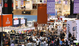 The mob scene on opening of the annual International Home and Housewares show.